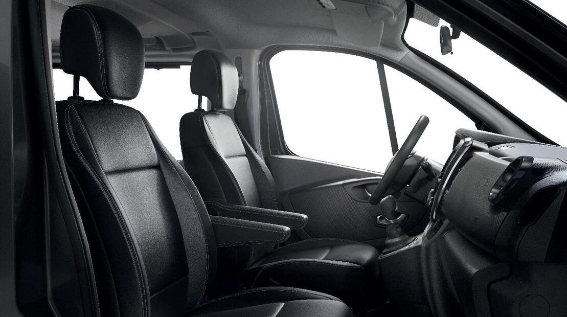 Höhenverstellbarer Fahrersitz mit Lendenwirbelstütze und Armlehne