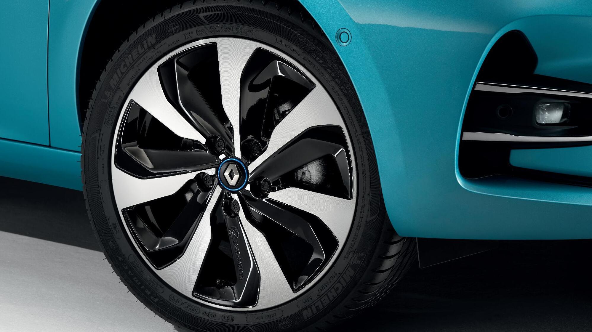 Systém upozornění na pokles tlaku v pneumatikách