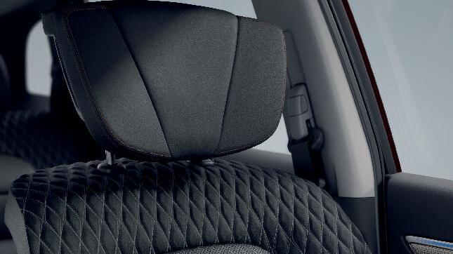 Fahrer-/Beifahrersitz elektr. u. ausz. Oberschenkelauflage, belüftet, Fahrers. mit Memory u. Massage