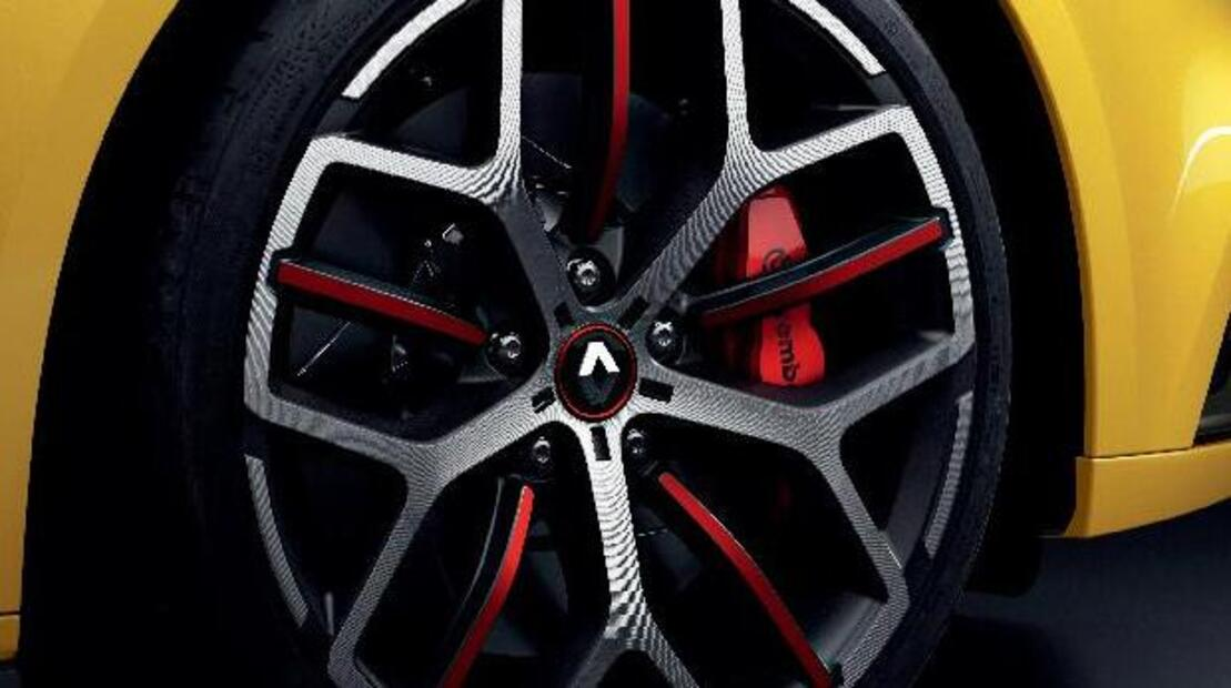 Red brakes calipers