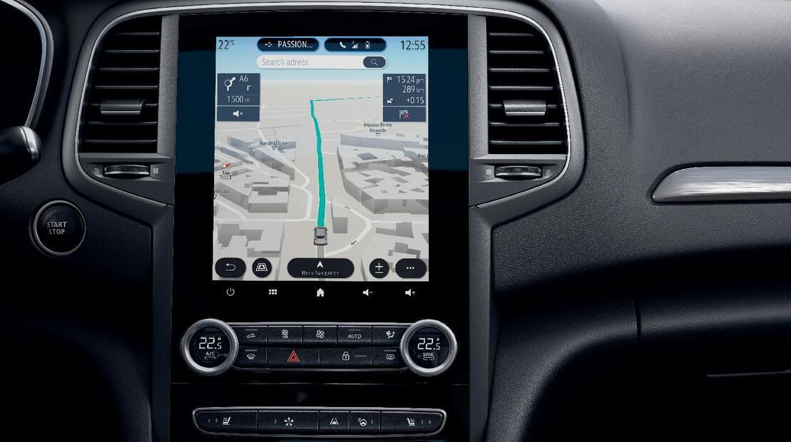 Sistema multimediale EASY LINK con Touchscreen 9,3'' , Navigazione 3D e radio DAB