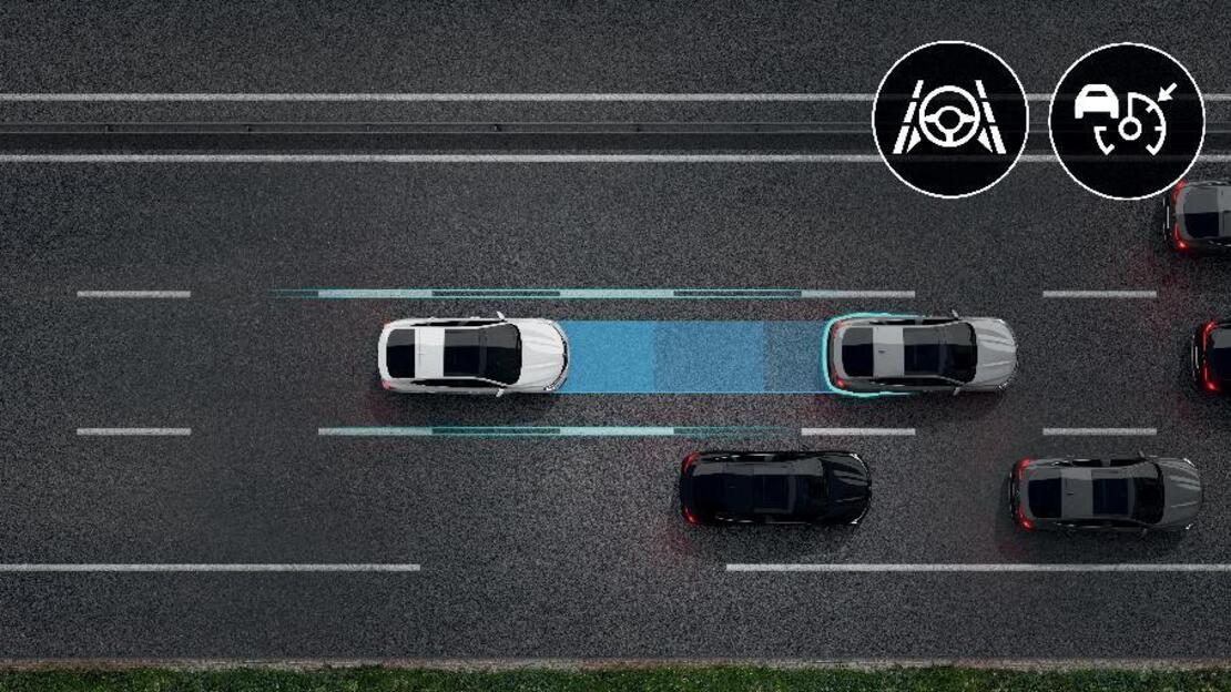 Renault Easy Drive (Adaptive Cruise Control with Stop & Go + Lane centering)