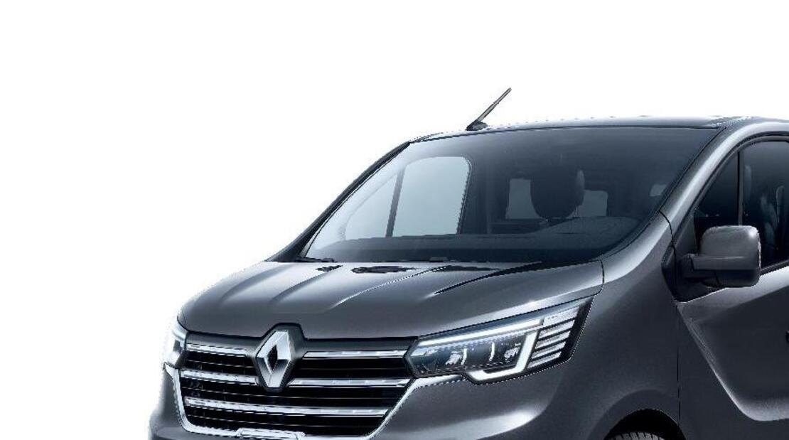 Automatic windscreen wipers and headlights
