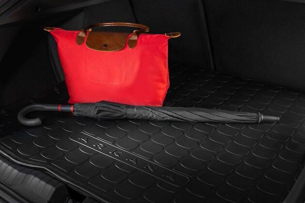 Резиновый ковер багажника