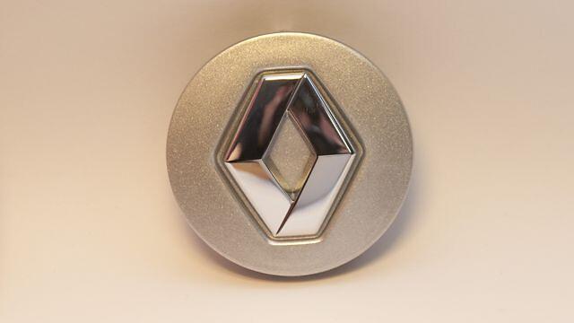 Центральный колпак Renault цвета светло-серый металлик