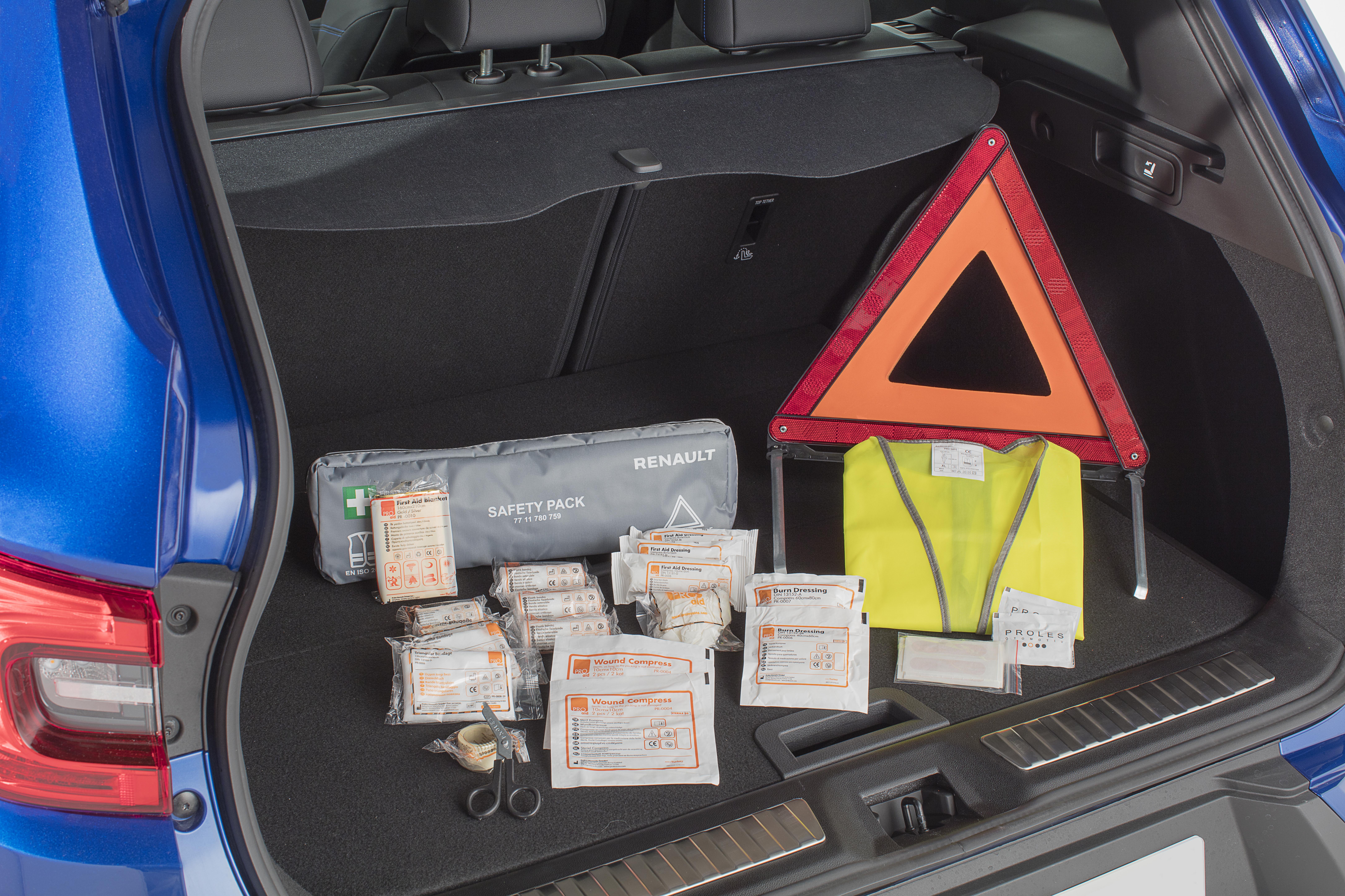 Kit de segurança (colete refletor, triângulo e bolsa de primeiros socorros)