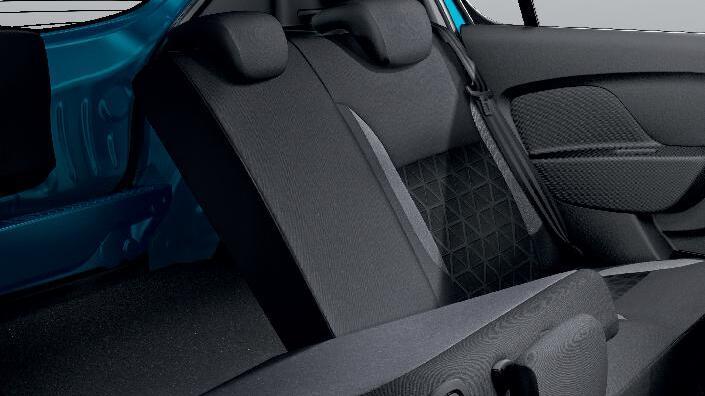 Arka koltuk sırtlığı 1/3 - 2/3 katlanma özelliği