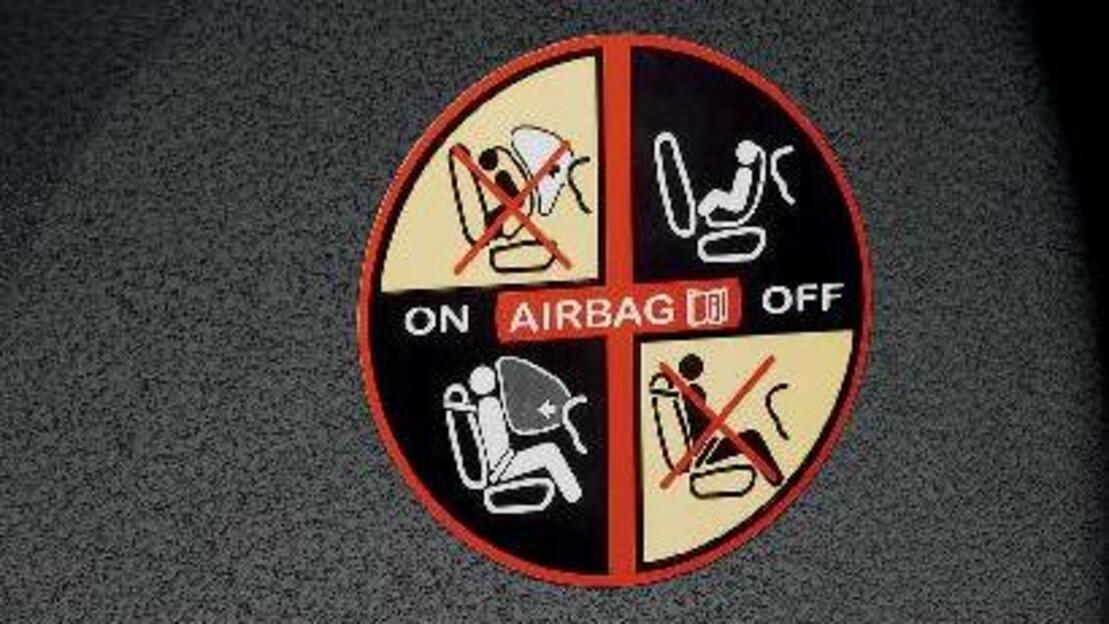 Beifahrer-Airbag deaktivierbar