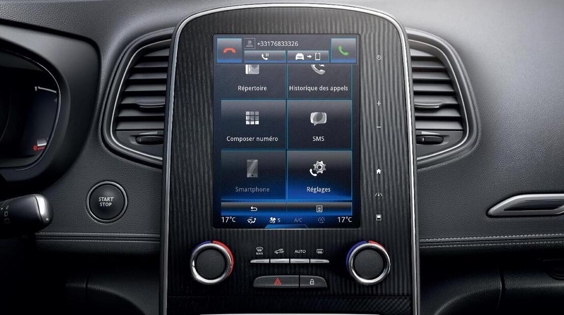 Radio touchscreen da 8.7'' con Bose Sound System e DAB